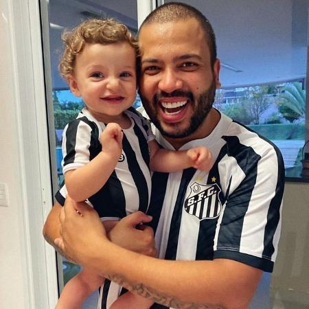 Santista fanático, Projota vai perder final da Libertadores por BBB - Reprodução