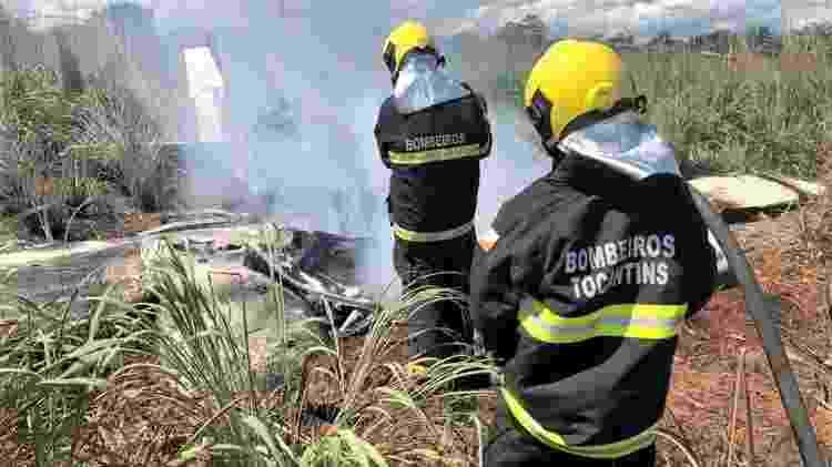 Bombeiros atuam em acidente com avião que levava jogadores e presidente do Palmas Futebol Clube para Goiânia - Divulgação - Divulgação