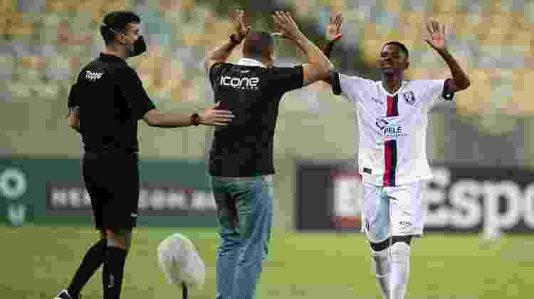 Iluminado, Jefinho marcou o gol da vitória de virada do Resende sobre o Fluminense no Carioca - Jorge Rodrigues/AGIF - Jorge Rodrigues/AGIF