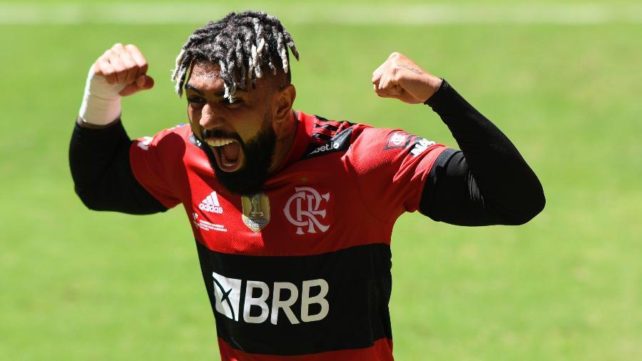 Gabigol comemora gol marcado pelo Flamengo contra o Palmeiras. Atacante é esperança do Fla na Libertadores - Mateus Bonomi/AGIF
