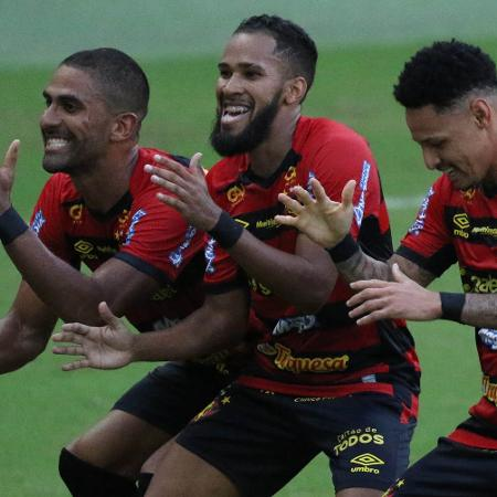 Everaldo comemora seu gol durante partida contra o Nautico no estadio Arena Pernambuco pelo campeonato Pernambucano 2021 - Marcel Lisboa/Marcel Lisboa/AGIF