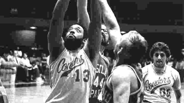 1984. Lance da NWBT (National Wheelchair Basketball Tournament), partida entre Casa Colina e Down River Sparks - Divulgação/NWBT - Divulgação/NWBT