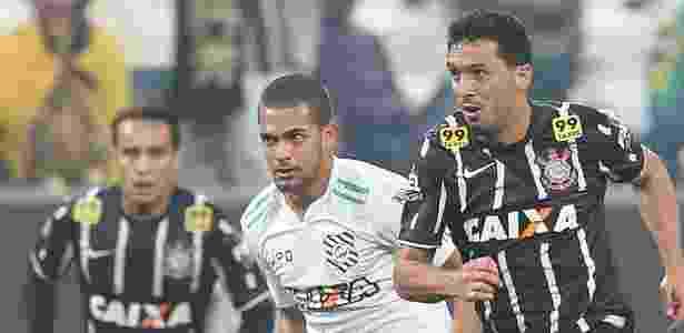 Clayton acertou com o Atlético, mas era desejado por outros clubes, como Corinthians e Palmeiras - Robson Ventura / Folhapress