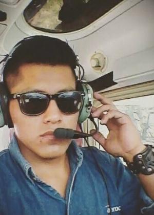 Erwin Tumiri, comissário de bordo, foi um dos sobreviventes do desastre em Medellin