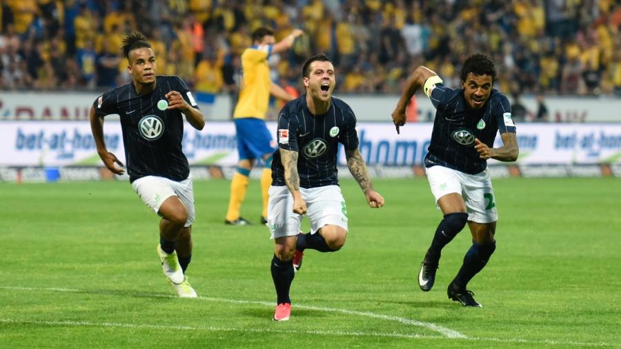 Wolfsburg vence repescagem e se mantém na Bundesliga - Reuters / Fabian Bimmer