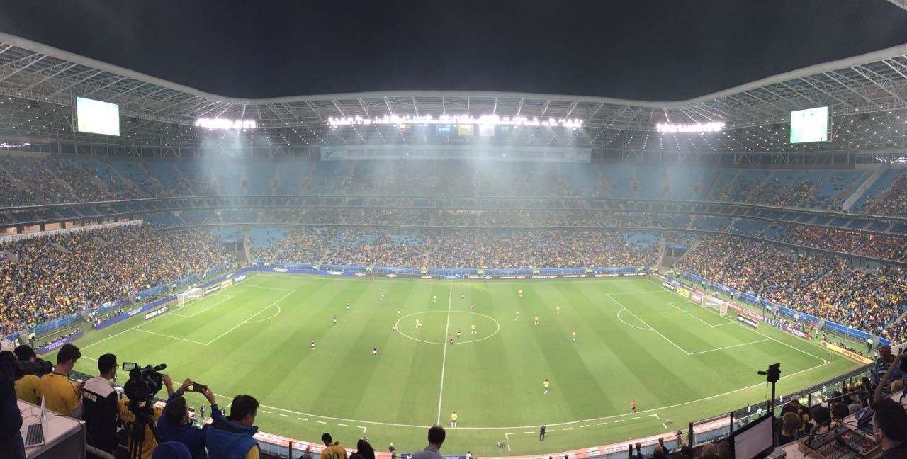 Arena Grêmio tem arquibancadas vazias para jogo da seleção brasileira
