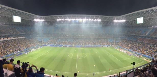 Arena Grêmio tem arquibancadas vazias para jogo da seleção brasileira - Pedro Ivo Almeida/UOL Esporte