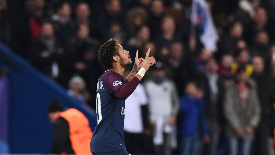 Neymar comemora gol pelo PSG contra o Anderlecht - Franck Fife/AFP