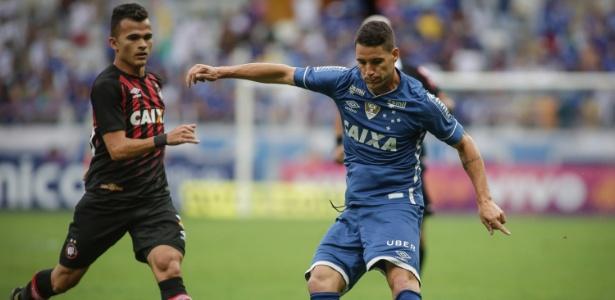 Thiago Neves foi a principal contratação do Cruzeiro para a atual temporada