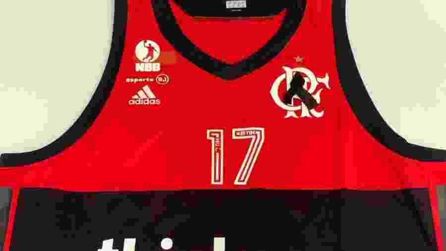 Camisa do time de basquete do Flamengo homenageia vítimas de incêndio - Divulgação/Flamengo