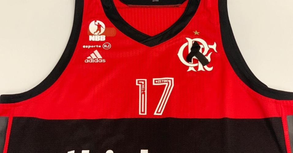 Camisa do time de basquete do Flamengo homenageia vítimas de incêndio ca77a09d845be