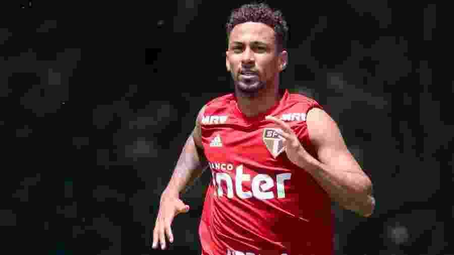 Biro Biro já havia sido levado pelo São Paulo para realizar exames cardíacos quando defendia o clube - Marcello Zambrana/AGIF
