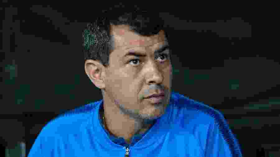 Carille mostrou-se satisfeito com vitória tranquila sobre o Deportivo Lara (VEN) e deve manter Love no comando de ataque - Daniel Vorley/AGIF