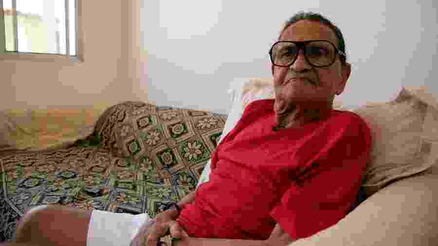 Sérgio Noronha, antigo comentarista da Globo, vive hoje no Retiro dos Artistas no Rio - Tais Vilela/UOL