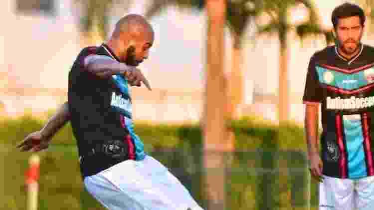 Adriano, em 2016, durante a estreia pelo Miami United. A aventura do Imperador durou pouco - Divulgação/Miami United FC