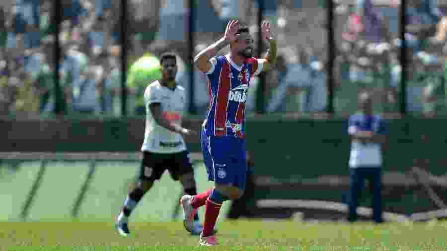 Gilberto comemora gol no jogo do Bahia contra o Vasco - Thiago Ribeiro/AGIF