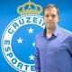 """Diretor resume crise no Cruzeiro: """"vendendo almoço pra pagar a janta"""""""