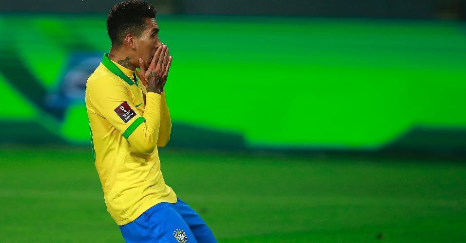 Roberto Firmino lamenta gol perdido para o Brasil contra o Peru