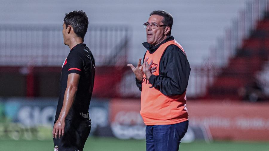 Vanderlei Luxemburgo está sem clube desde que deixou o Vasco, em fevereiro deste ano, após o Campeonato Brasileiro de 2020 - Heber Gomes/AGIF