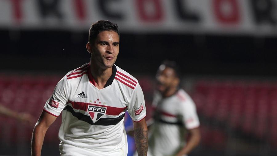 Rodrigo Nestor, meio-campista do São Paulo, celebra gol contra o São Caetano - Rubens Chiri / saopaulofc.net