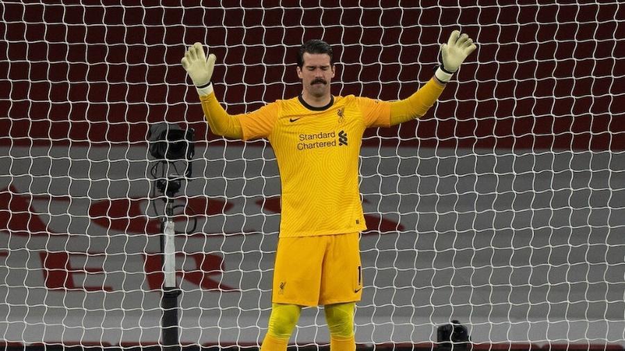 Alisson está vivendo uma temporada atípica no Liverpool - Getty Images