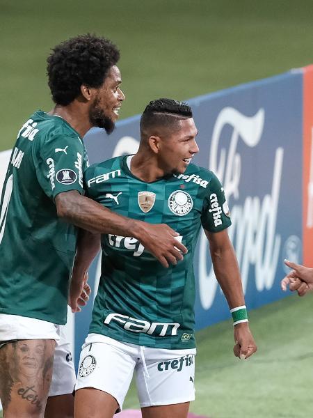 Jogadores do Palmeiras comemoram gol contra o Independiente Del Valle, pela Libertadores 2021 - ESTADÃO CONTEÚDO