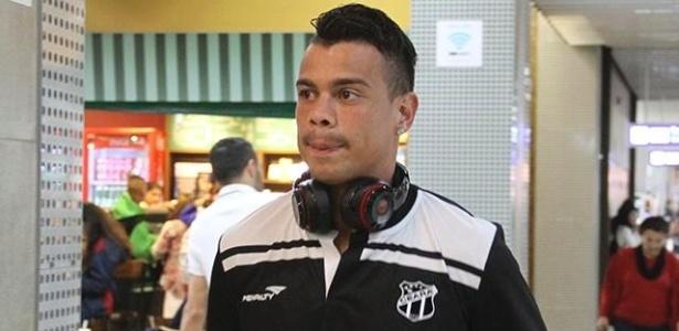Último clube de Bernardo no Brasil havia sido o Ceará, em 2015