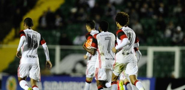 Os jogadores do Flamengo na derrota por 4 a 2 para o Figueirense pela Sul-Americana