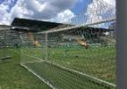 Gols da Arena Condá ganham enfeites simbólicos para jogo Chape x Palmeiras