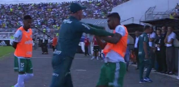 Reprodução do bate-boca entre Omar Feitosa e Thiago Santos, que chamou a atenção