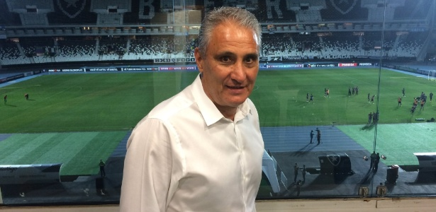 Tite foi ao Engenhão para ver Botafogo x Sport; técnico tem nova data para convocação