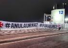 Grêmio comemora título nas ruas de Porto Alegre - Marinho Saldanha/UOL