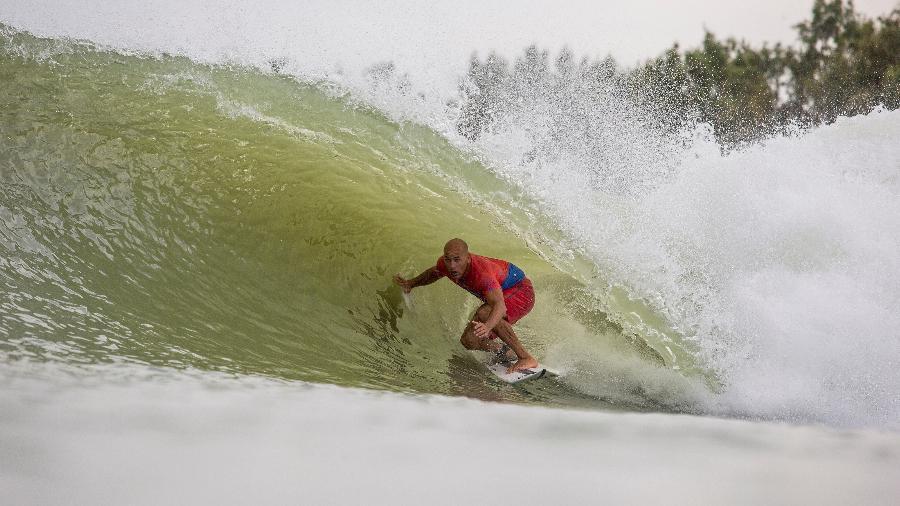 Kelly Slater pega onda em Surf Ranch, na Califórnia - WSL / Sean Rowland
