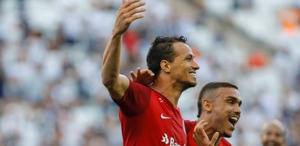 O Internacional caiu para terceiro na classificação do Campeonato Brasileiro - Daniel Vorley/AGIF