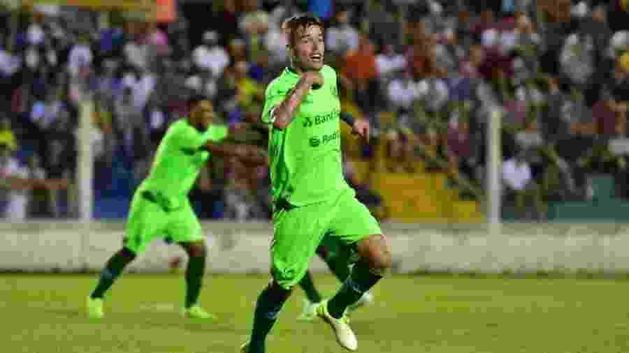 Dener ainda ajudará o Juventude na Série C antes de seguir para o Athletico - Arthur Dallegrave/E.C.Juventude