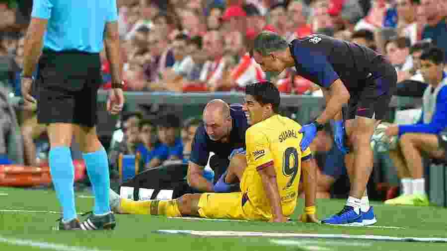 Segundo comunicado do Barça, uruguaio sofre