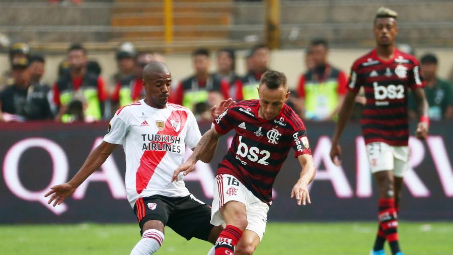 Rafinha em ação pelo Flamengo contra o River Plate na final da Libertadores de 2019 - Pilar Olivares/Reuters