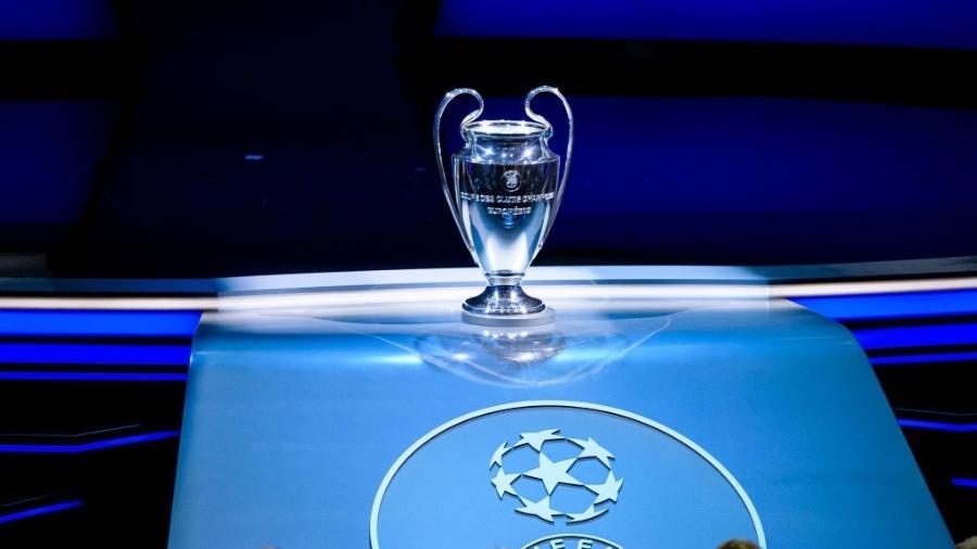 29.ago.2019 - Troféu da Liga dos Campeões exposto durante evento de sorteio do torneio - Eurasia Sport Images / Getty Images