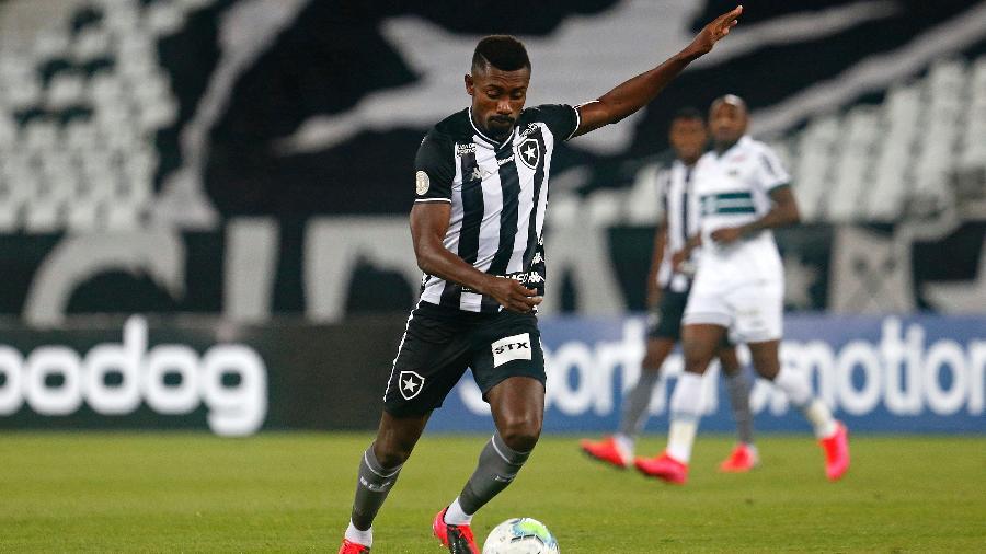 Kalou durante sua estreia com a camisa do Botafogo - Vítor Silva/ BFR