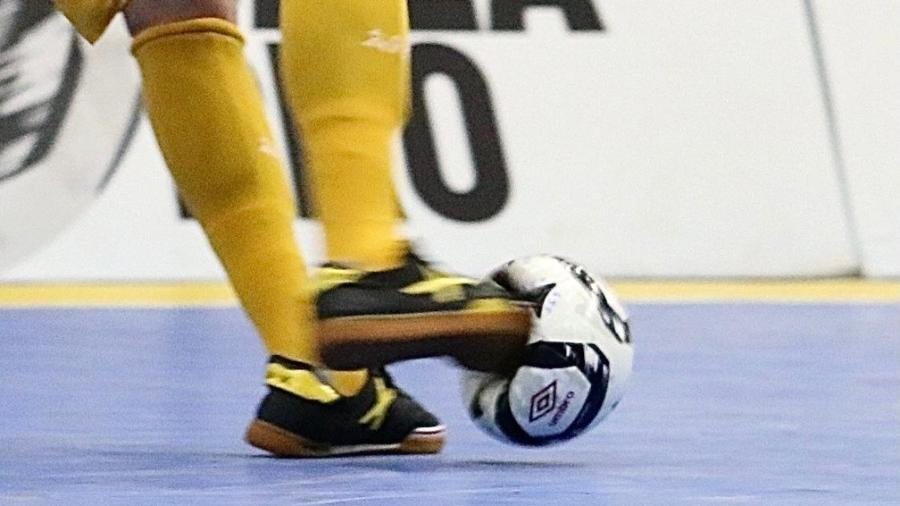 O poderoso chute do Rodrigo, capitão do Sorocaba e da seleção brasileira de futsal - Guilherme Mansueto/Magnus Futsal