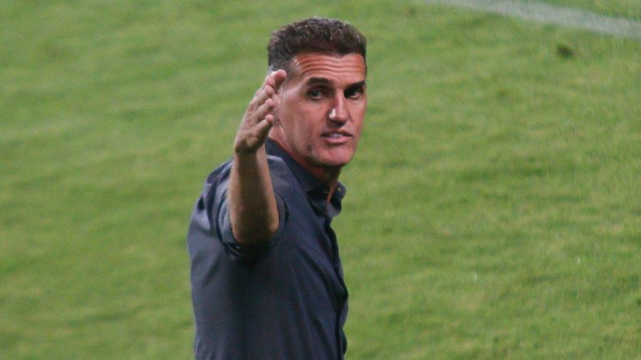 Vagner Mancini deve repetir a escalação do time que goleou o Fluminense - Gabriel Machado/AGIF
