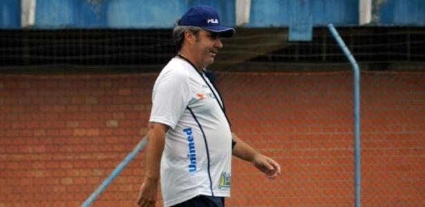Gilson Kleina deixou o comando técnico do Avaí nesta terça (10)