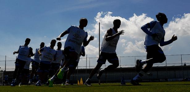 Jogadores do Grêmio treinam sob forte sol em pré-temporada do clube  - Lucas Uebel/Grêmio