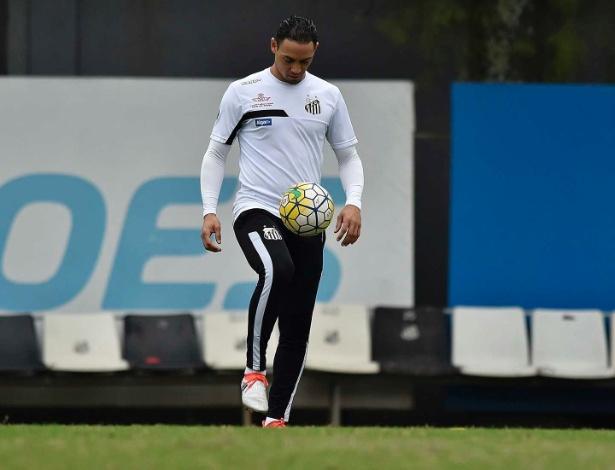 Ricardo Oliveira deve ocupar a vaga ocupada por Rodrigão nos últimos jogos