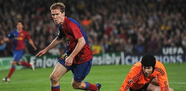 Alexander Hleb em ação pelo Barcelona, em 2009, pela Liga dos Campeões, contra o Chelsea