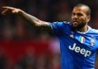 Daniel Alves está na mira do futebol chinês, diz revista - Aitor Alcalde/Getty Images