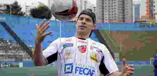 Túlio chegou a ser apresentado pelo Taboão da Serra - Rodrigo Corsi/FPF - Rodrigo Corsi/FPF