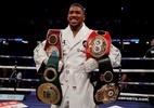 Quem é o campeão mundial de boxe que reuniu 243 mil pessoas em três lutas - Andrew Couldridge/Reuters