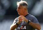 Botafogo faz mistério em jogos-treino antes de voltar ao Brasileiro