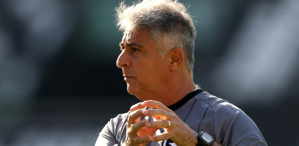 Novo comandante! Marcos Paquetá comanda primeiro treino pelo Botafogo